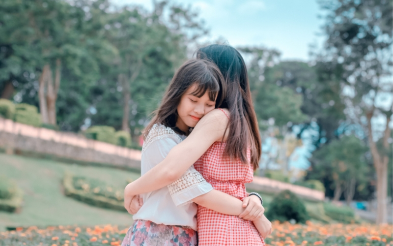 Mother-daughter relationships can be so good, and so difficult. Want to improve yours? I have five simple tips for you that I believe will help.